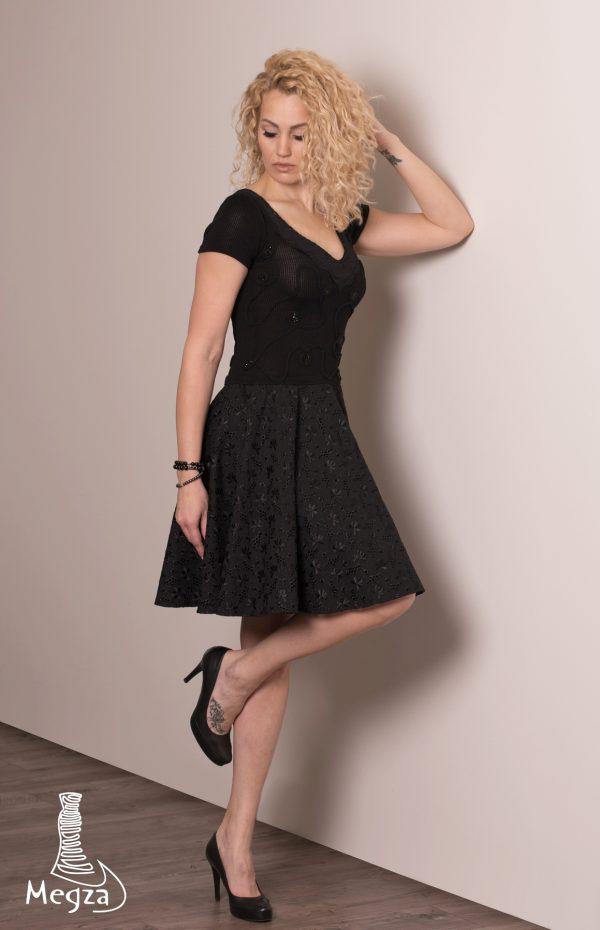223. Progine suknele Megza vestuvine suknele, vestuvines sukneles, progine suknele, megzta suknele, prabangi suknele, juoda suknele, megzta suknele, juoda suknele, klasikine suknele1