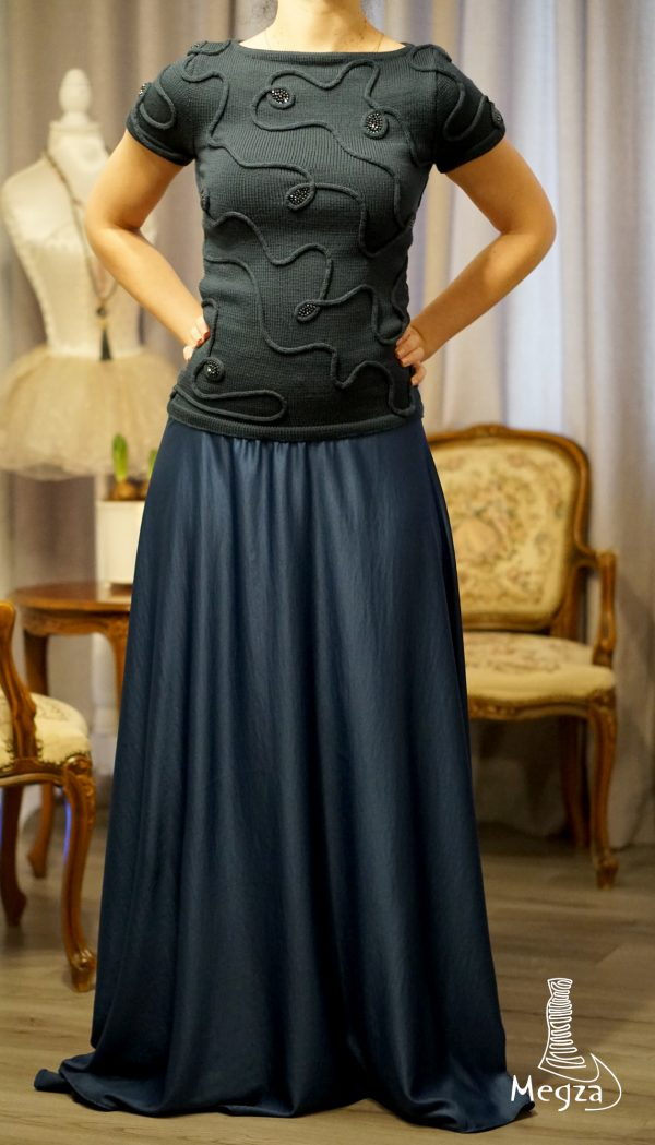 243. Pilka MEGZA sukenle, megzta suknele, suknele progine, vakarine suknele, vestuvine suknele, progines sukneles, sukneliu nuoma, odine suknele3